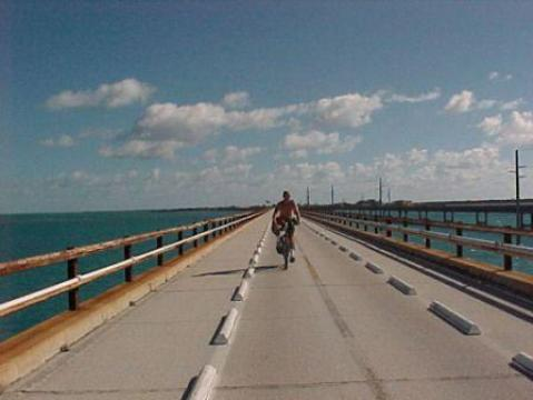Bike Pigeon Key Bridge, Florida Keys